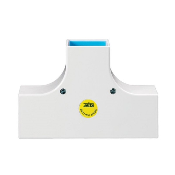 Schneider Maxi Trunking Flat Tees (Moulded)
